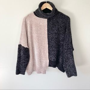 Romeo + Juliet Couture Chenille Sweater Turtleneck